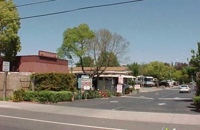 Stillman RV Park - Sacramento, CA