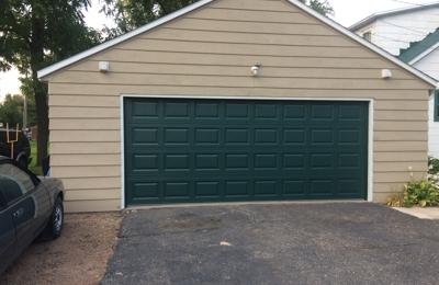 Mound View Garage Doors   Neillsville, WI