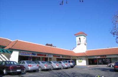 Pinky's Nails - Union City, CA