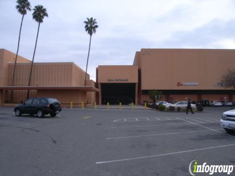 Foot Mart 3602 N Blackstone Ave Ste 120 Fresno Ca 93726 Yp Com