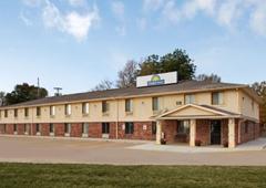 Days Inn Warrensburg - Warrensburg, MO