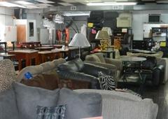 Lindieu0027s Furniture Shop   Norristown, PA