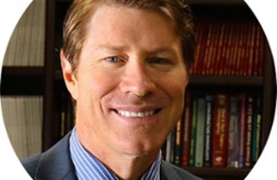 Lane F. Smith, MD The Plastic Surgery Institute of Las Vegas - Las Vegas, NV