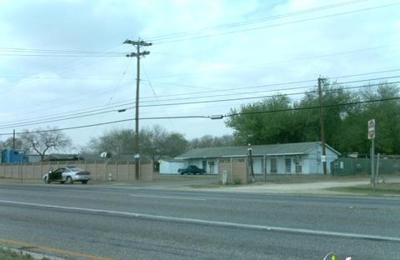 Aztec Estates Mobile Home Park - San Antonio, TX