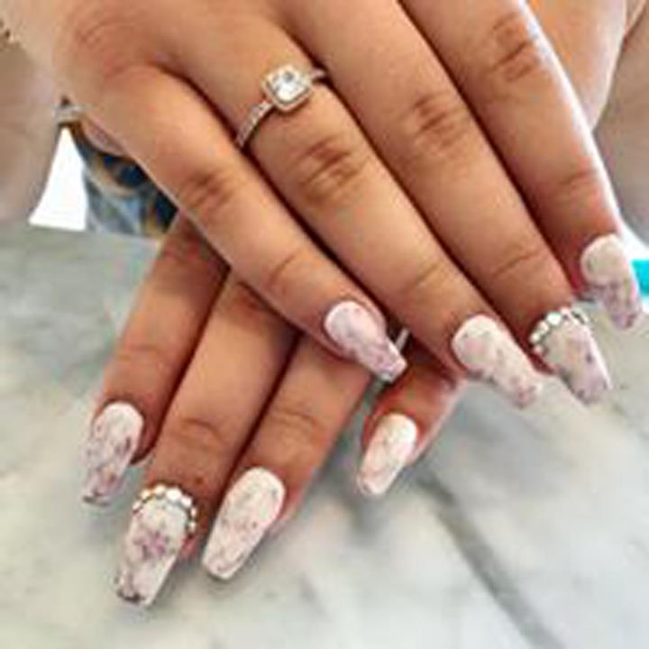 Luxe Nails & Spa 1178 Lee St, Des Plaines, IL 60016 - YP.com