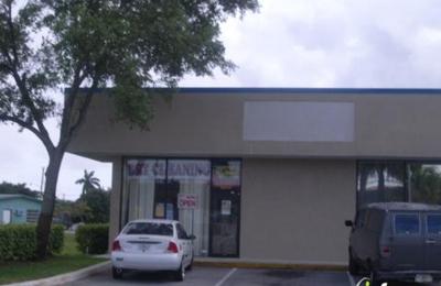 Ten Pretty Nails & More - Fort Lauderdale, FL