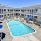 Motel 6 Oakland Airport - Oakland, CA