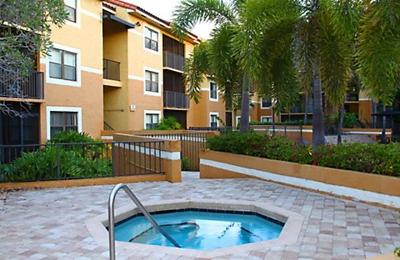 Park Colony Apartments - Hollywood, FL
