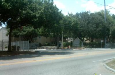 Courtney Cove - Tampa, FL