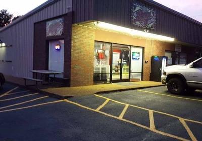 Vintage & Vapor Marketplace 622 Elm St, Martin, TN 38237