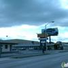 Deluxe Plaza Motel