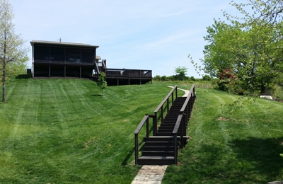 Doc's Lakeside Cabin - Jonesboro, IL