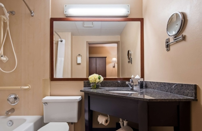 Best Western Plus The Charles Hotel - Saint Charles, MO