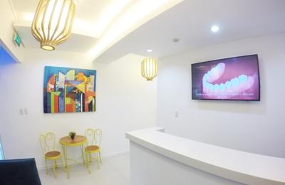 Dental Wonderland - Panorama City, CA