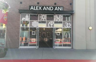 Alex And Ani - Emeryville, CA