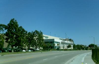 Broyles, Zhenghong Z - Torrance, CA