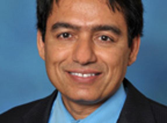 Dr. Suresh Kumar Malhotra, MD, FACP - Alexandria, VA