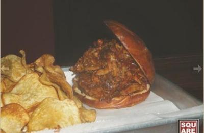 Square Bar & Grill - Chicago, IL