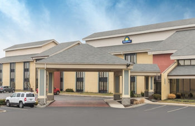 Days Inn Indianapolis Off I-69 - Indianapolis, IN