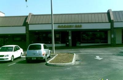 Alan & Michele's Monkey Bar - Clearwater, FL