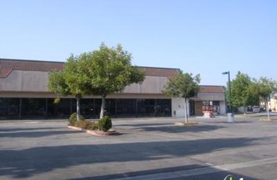 DD's Discounts - South Gate, CA