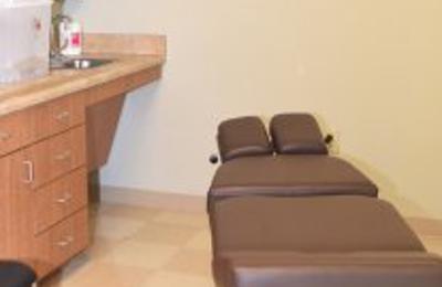 Arrowhead Clinic Chiropractor Riverdale - Riverdale, GA