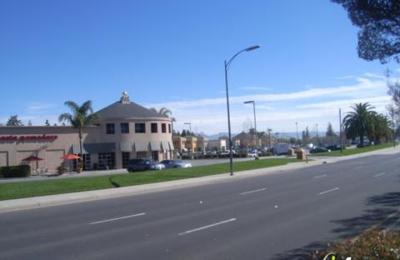 Beach Hut Deli - San Jose, CA