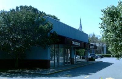 4 Paws Holistic Pet Shop - Charlotte, NC
