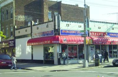 Sneaker Town 1504 Mermaid Ave, Brooklyn