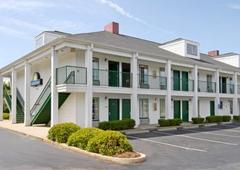 Days Inn Spartanburg - Boiling Springs, SC