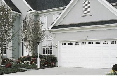 Delicieux Better Garage Door Service   Milwaukee, WI. Amarr Stratford Door