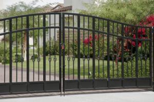 gate installation palmdale