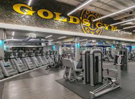 Gold's Gym - Los Angeles, CA