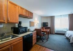 Candlewood Suites Indianapolis Northwest - Indianapolis, IN