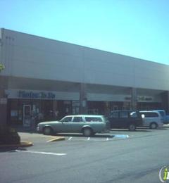 Mark's Hallmark Shop - Renton, WA