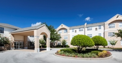 Lexington Club at Hunters Creek Apartments - Deland, FL