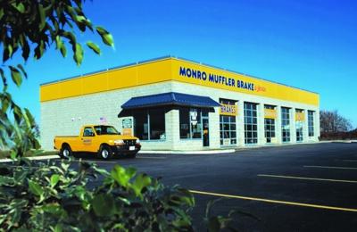 Monro Muffler Brake & Service - Le Roy, NY
