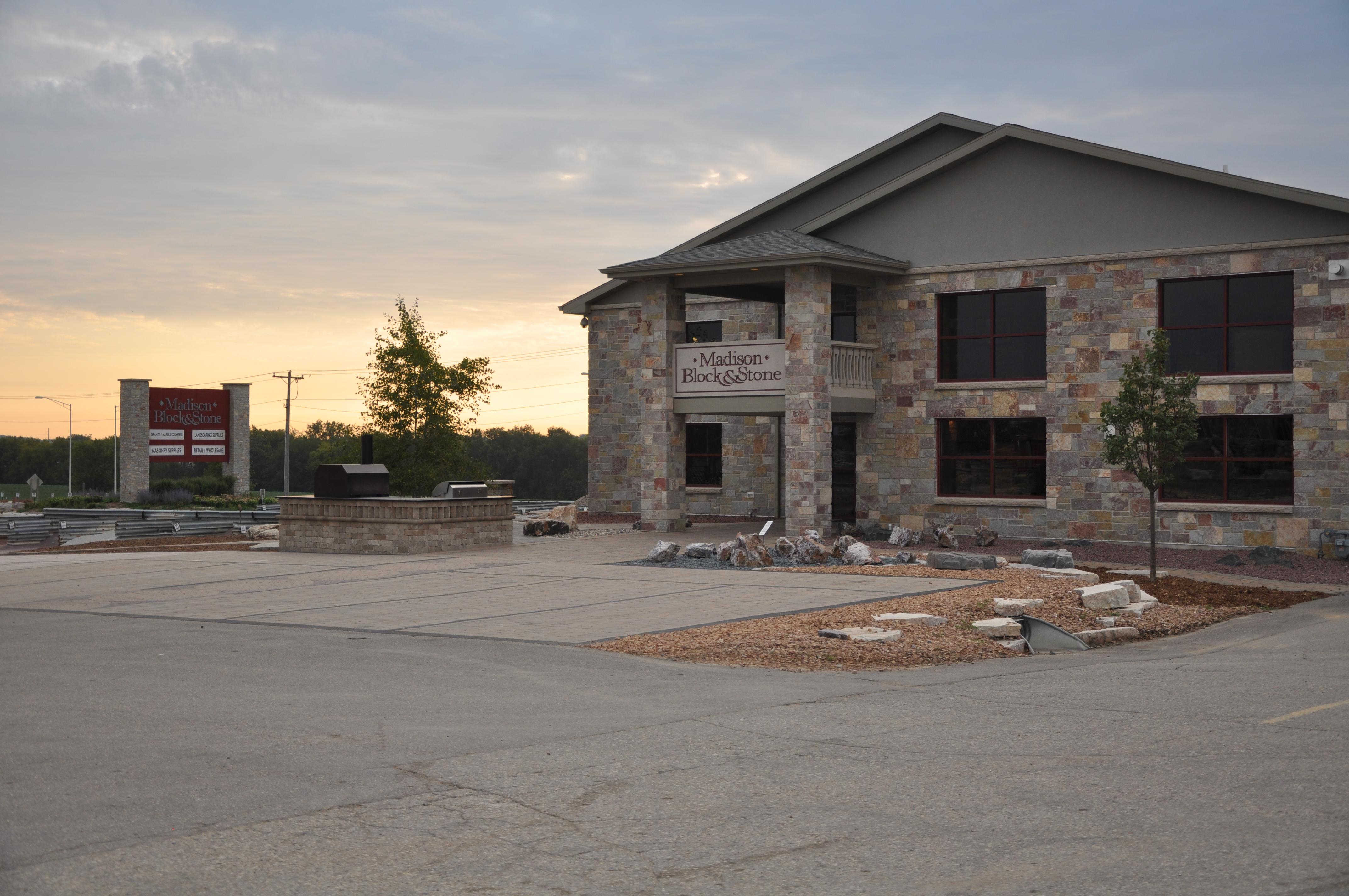 Madison Block Amp Stone Inc 5813 Us Highway 51 Madison Wi