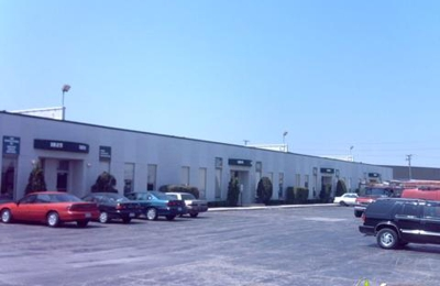 La Transit Inc - Elk Grove Village, IL