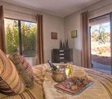 Adobe Village Inn - Sedona, AZ