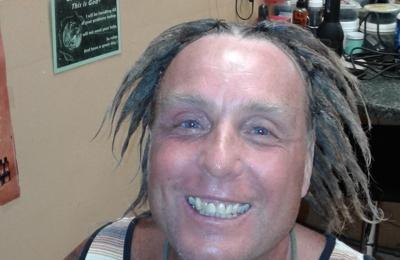 Unique Cuts Etc Hair Studio - Melbourne, FL