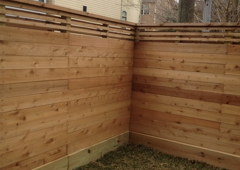 """Rio Grande Fence Co - Houston, TX. Fence Horizontal with 1 x 2 and top with 1 1/2"""" gap, cap and baseboard"""