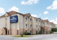 Microtel Inn & Suites by Wyndham Eagle Pass - Eagle Pass, TX