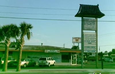 Captain Curt's Crab & Oyster Bar - Sarasota, FL