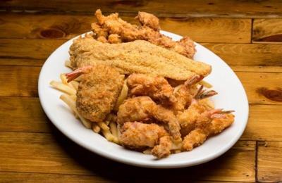 Boudreaux's Cajun Kitchen 9774 Katy Fwy, Houston, TX 77055
