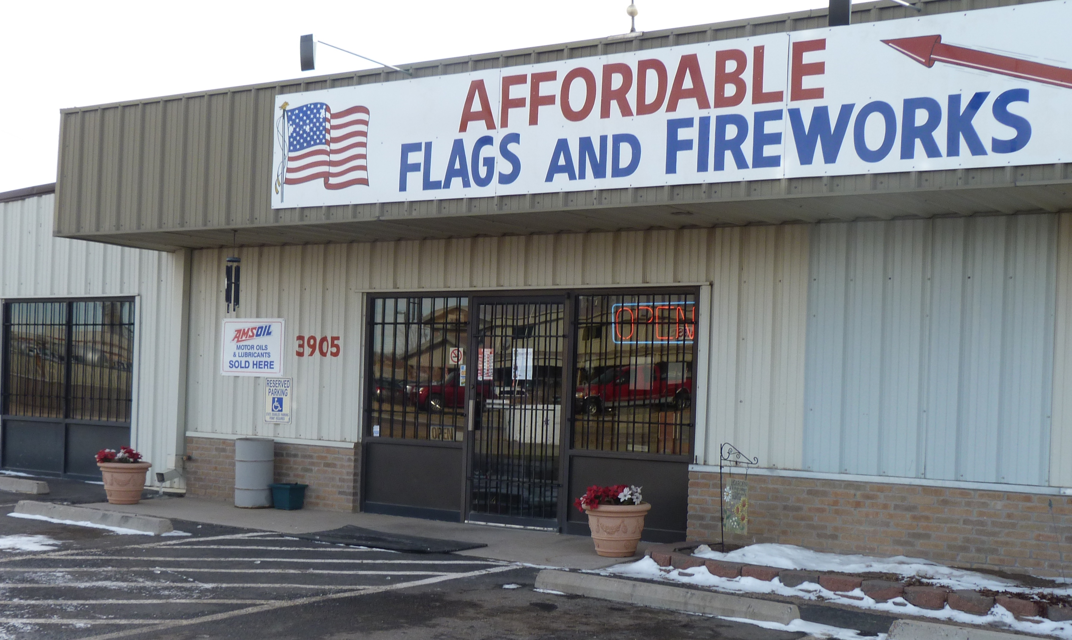Affordable Flags Amp Fireworks Inc 3905 S Us Highway 85 87