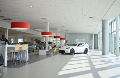 Sterling McCall Nissan - Stafford, TX