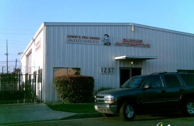 Quicks Automotive - Orange, CA