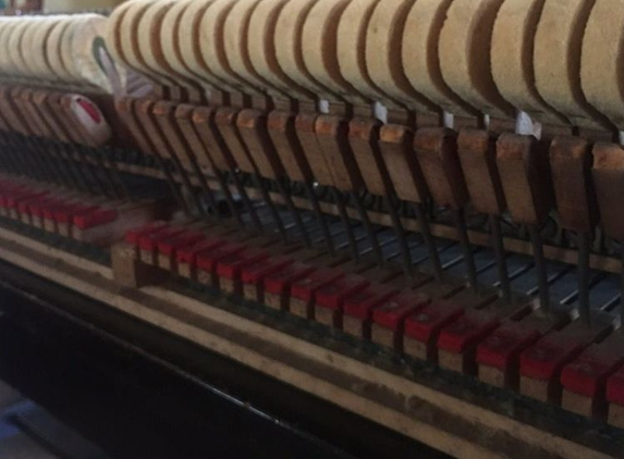 Atlanta Piano Tuning By Ear - Ask for Manny - Roswell, GA