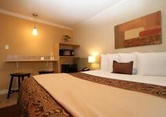 Family Garden Inn U0026 Suites   Laredo, TX